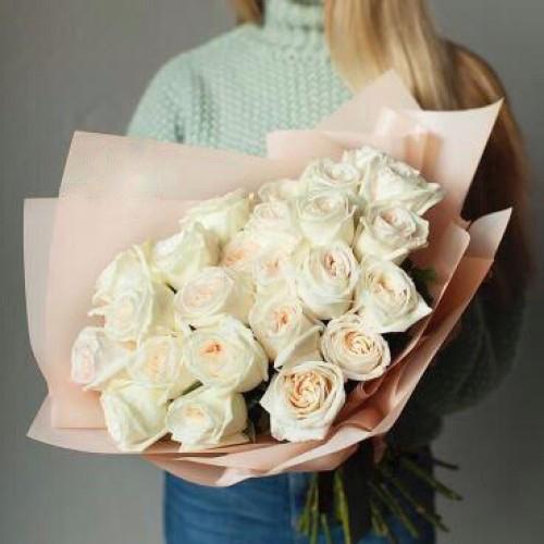 Купить на заказ Букет из 31 белой розы с доставкой в Ерейментау