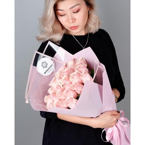 Купить на заказ Букет из 25 розовых роз с доставкой в Ерейментау