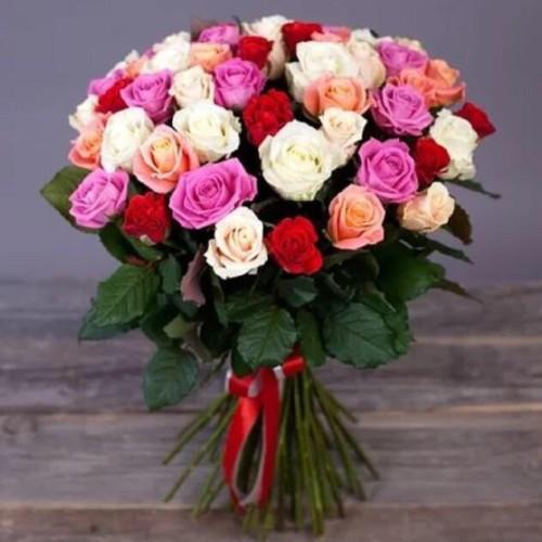 Купить на заказ Букет из 31 розы (микс) с доставкой в Ерейментау